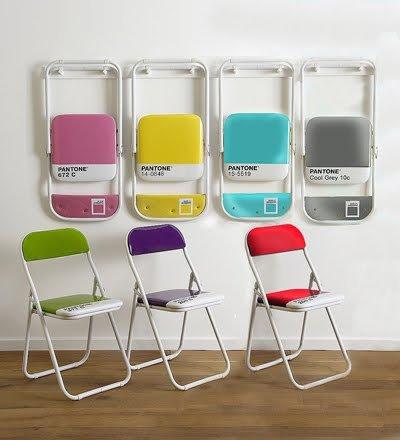 Pantone-folding-chairs