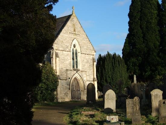 old-cemetery-chapel