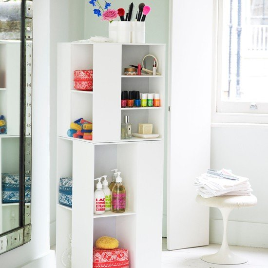 family-bathroom-storage-EmmaMitchell-Livingetc