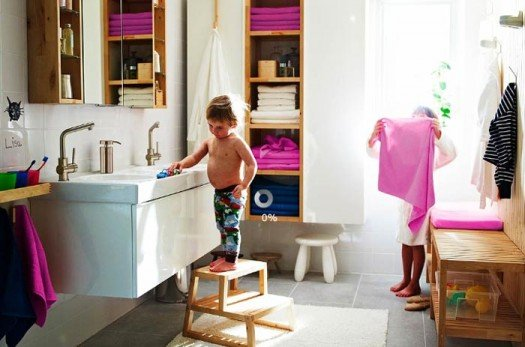 smooth-family-morning-bathroom-2011-ikea