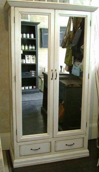 wardrobe_mirror
