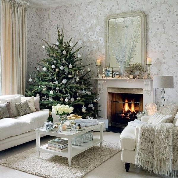 Beautiful-Christmas-Tree-Decorating-Ideas-3
