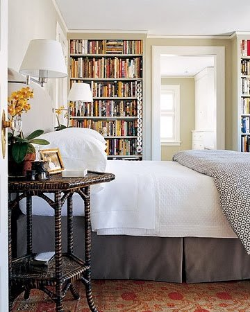 custom-built-in-cabinet-book-shelves-bedroom-storage-idea-library-southern-bedroom-high-ceiling-space-utilization-idea-inspiration