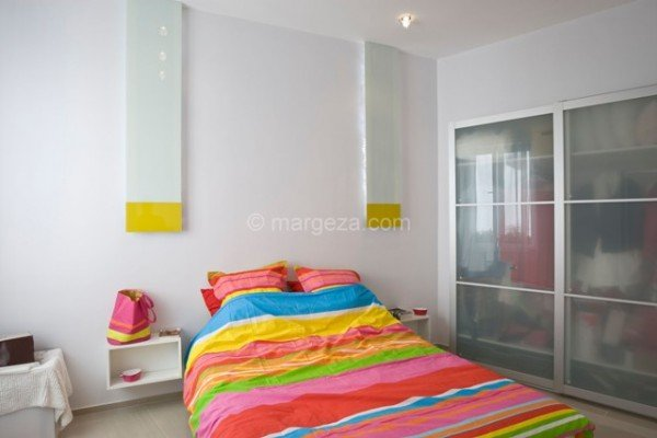 Colorful-Apartment-in-Budapest-141