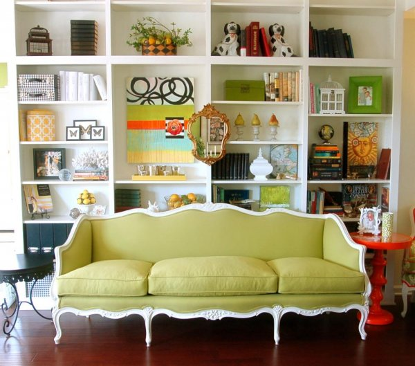 furniture-simple-refreshing-white-green-living-room-design-ideas-with-nice-comfortable-sofa-and-cool-minimalist-white-bookshelf-decorated-with-lovely-classic-gold-mirror-multifunctional-bookcase-desig