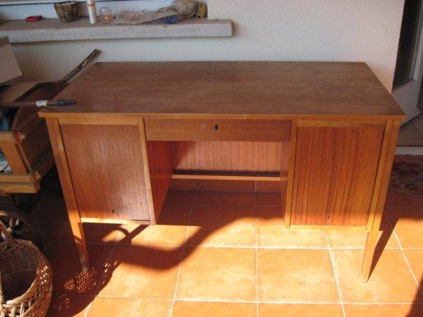 helyiseg_asztal1