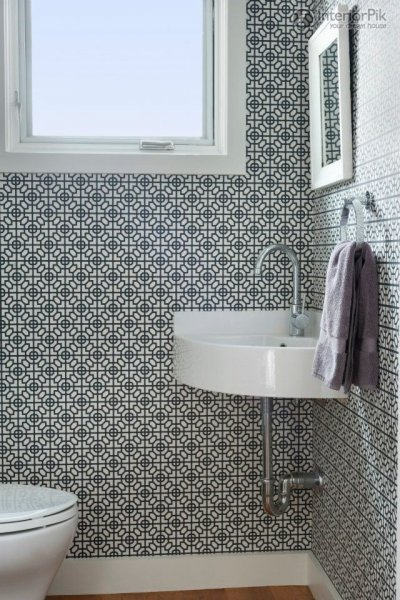 small-bathroom-wallpaper-effect-chart
