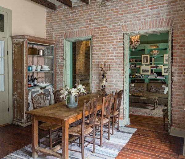 005-french-quarter-condo-logan-killen-interiors