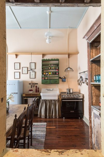 016-french-quarter-condo-logan-killen-interiors