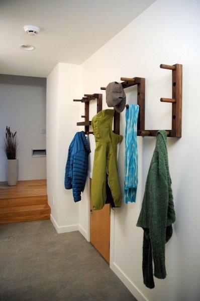 functional-hallway-coat-rack-1