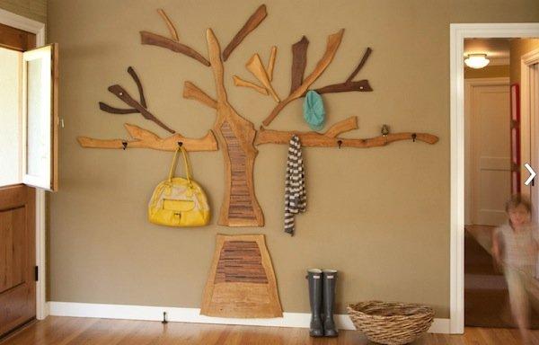 hallway-coat-rack-on-wall
