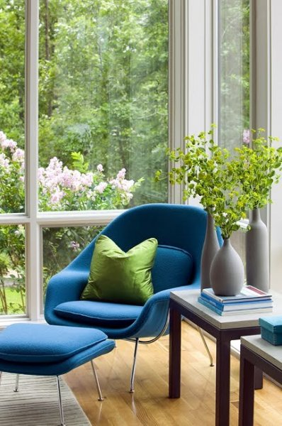 herron horton architects saarinen chair blue window seat sitting area cococozy