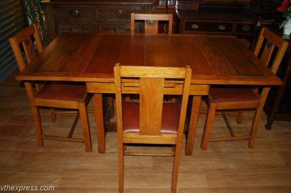 secondhand-furniture-vintage-1960s-light-oak-dining-table-and-4-chairs-london-bargains