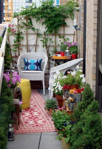the-small-garden-balcony-design-3