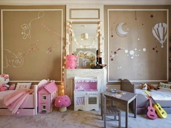 a-girl-and-a-boy-sharing-a-kids-room-L-mT6x8M