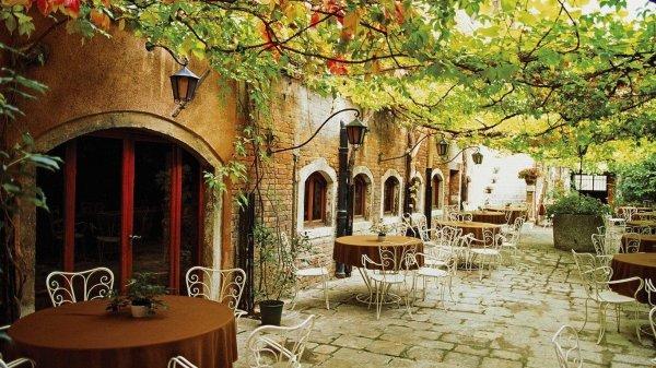 italian_cafe-800439