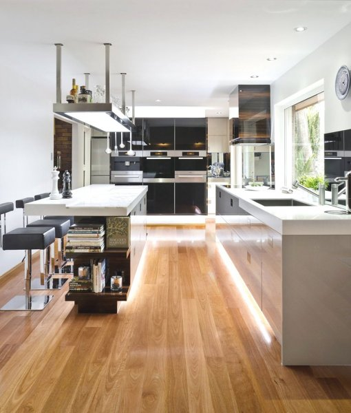 pretty-minimalist-hidden-light-laminate-flooring-delightful-kitchen-design