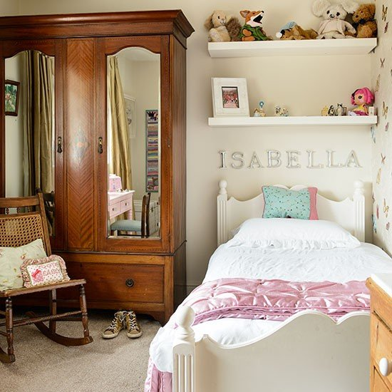 Cream-and-Walnut-Girls-Bedroom-25-Beautiful-Homes-Housetohome