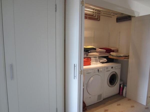 airing-cupboard