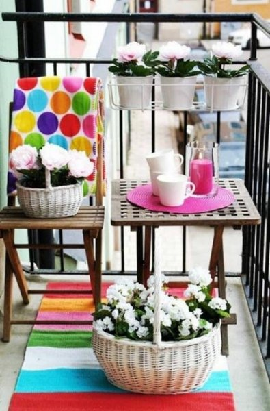 small-spaces-balcony-designs-outdoor-furniture-6
