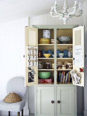01-storage-cabinet-med