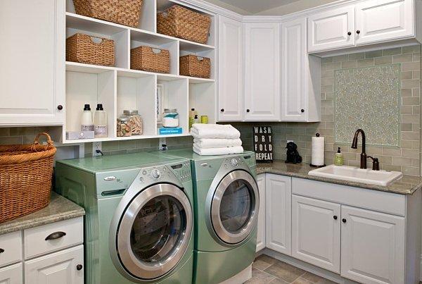 Built-in-laundry-room-shelving