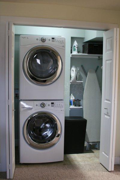 modern-interesting-laundry-room-lighting-idea-wall-mounted-double-white-washing-machines-modern-decoration-small-laundry-room-light-remodeling-laundry-room-laundry-room-lighting-interior-enchanting-la