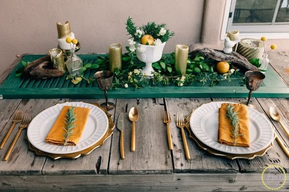 use-an-old-shutter-for-a-table-runner-dining-room-ideas-easter-decorations-repurposing-upcycling