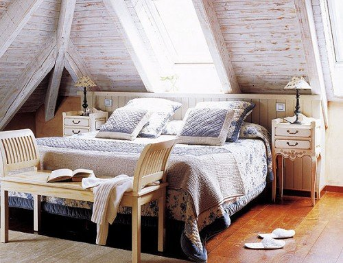 Bedroom-with-attic-window