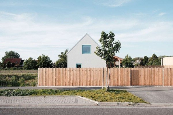 002-family-house-jrkvc