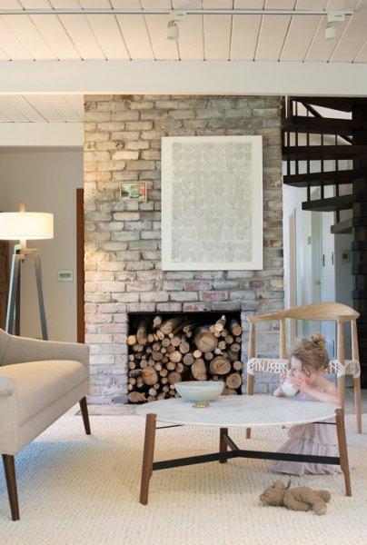The-Treehouse-Livingroom-8