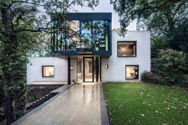 London-House-extended-and-modernized-by-Rado-Iliev-1