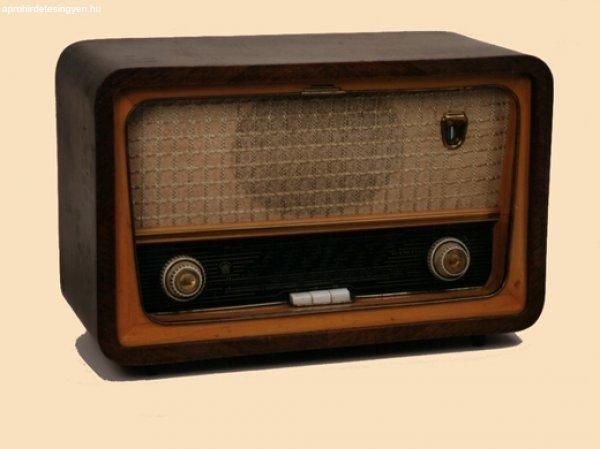 antik-radiok-es-varrogepek-eladok_11314298778